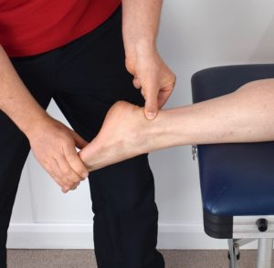 How to Stretch your Sore Achilles Tendon